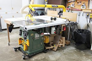 Alignment Table Saw and Saw Blade