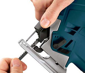 How to change a jigsaw blade a quick guide on put a blade in a jigsaw the process of changing blades on jigsaws will primary depend on the type of jigsaw that you have ideally there are two main types of jigsaws greentooth