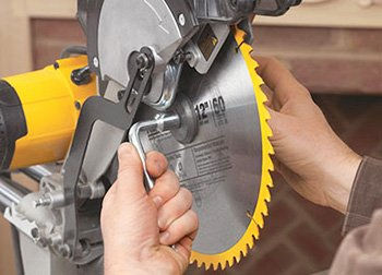 How to Replace the Blade on a Miter Saw Step By Step Guide 4