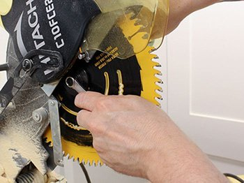 How to Replace the Blade on a Miter Saw Step By Step Guide 3